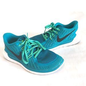 Women's NIKE FREE 5.0 BLUE GREEN SIZE 7 RUNNING